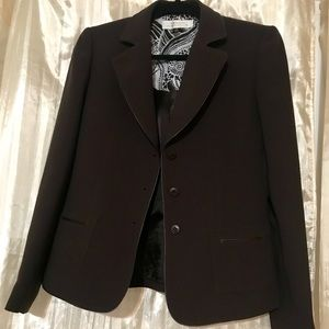 Tahari women blazer size 6 brown faux pockets